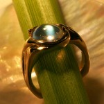 mclean-jewelry-Sri-Lankian-Blue-moonstone-ring-in-gold